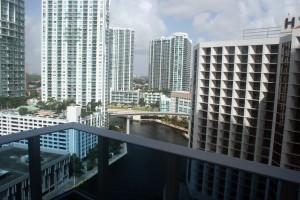 EPIC Hotel Miami, Balcony Photo Number 4