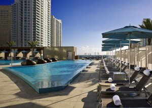 pool 001 epic hotel miami 300x213 EPIC Hotel Miami Review